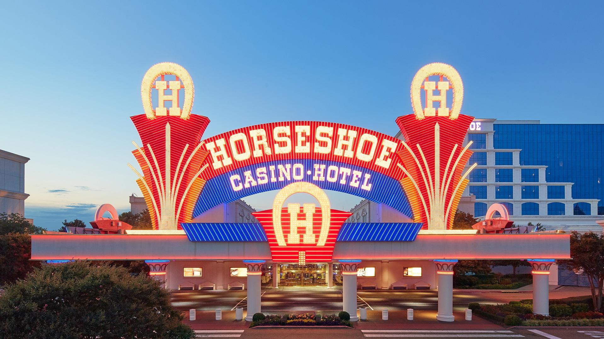 casino next to horseshoe in tunica